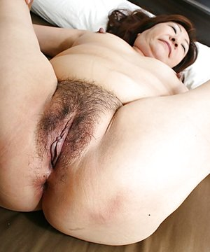 Oriental Milf Booty Porn