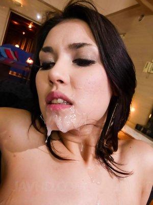 Cum on Milf Face Porn