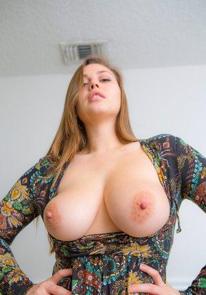 Amateur Milf Booty Porn